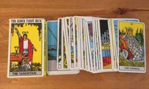 Сколько должно быть карт в классической колоде таро